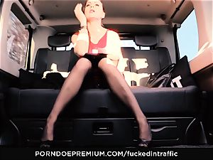 romped IN TRAFFIC - Footjob and car hookup with Tina Kay