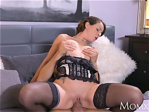 mother Mature Housewife in stocking spraying oral job