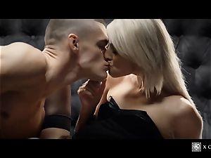 xCHIMERA - glamour hotel room poke with blondie Katy Rose