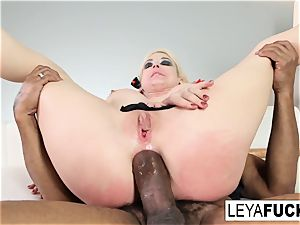 Leya Falcon gets a ginormous dark-hued fuck-stick