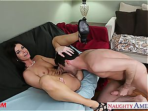 India Summer greets his rock-hard manstick deep in her vag