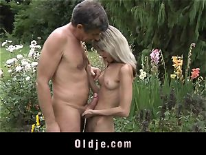 Gina Gerson gets assfuck from an old stud
