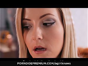 A chick KNOWS - Francys Belle luvs lesbo anal play