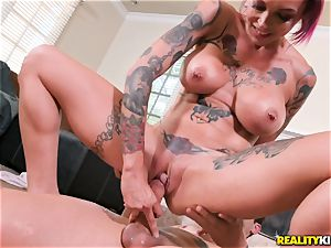 Anna Bell Peaks comes in your living apartment for jizm