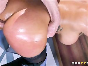 Free buttfuck attraction with buxom Spanish senorita Bridgette B