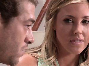 Samantha Saint plumbs her ever trying beau
