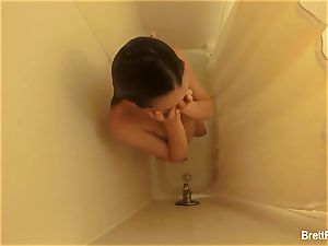 splendid blonde Brett Rossi takes a adorable shower