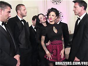 Brazzers - Veronica & Bonnie - six boy gang-fuck