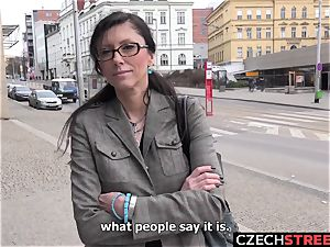 Czech cougar secretary Pickup up and fucked